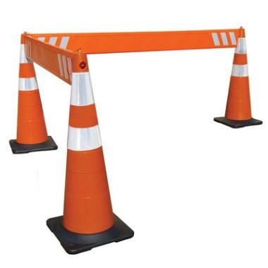 Cone Balizador de Sinalização com encaixe para barreiras
